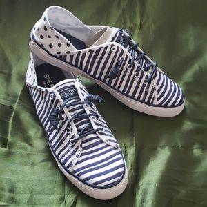 26007bc934b04 Sperry Womens Seacoast Isle Painted Stripe Sneaker NWT